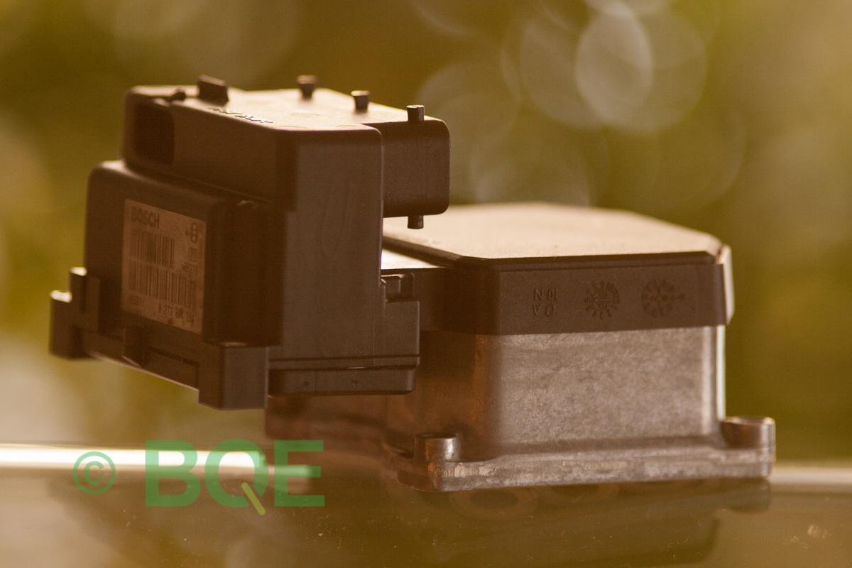 Audi ABS, Bosch 5.3, ESP, TCS, Styrbox, artikelnummer: 0273004358, 0265220525, 8E0614111AH, 8E0614111AJ, Sidobild ett