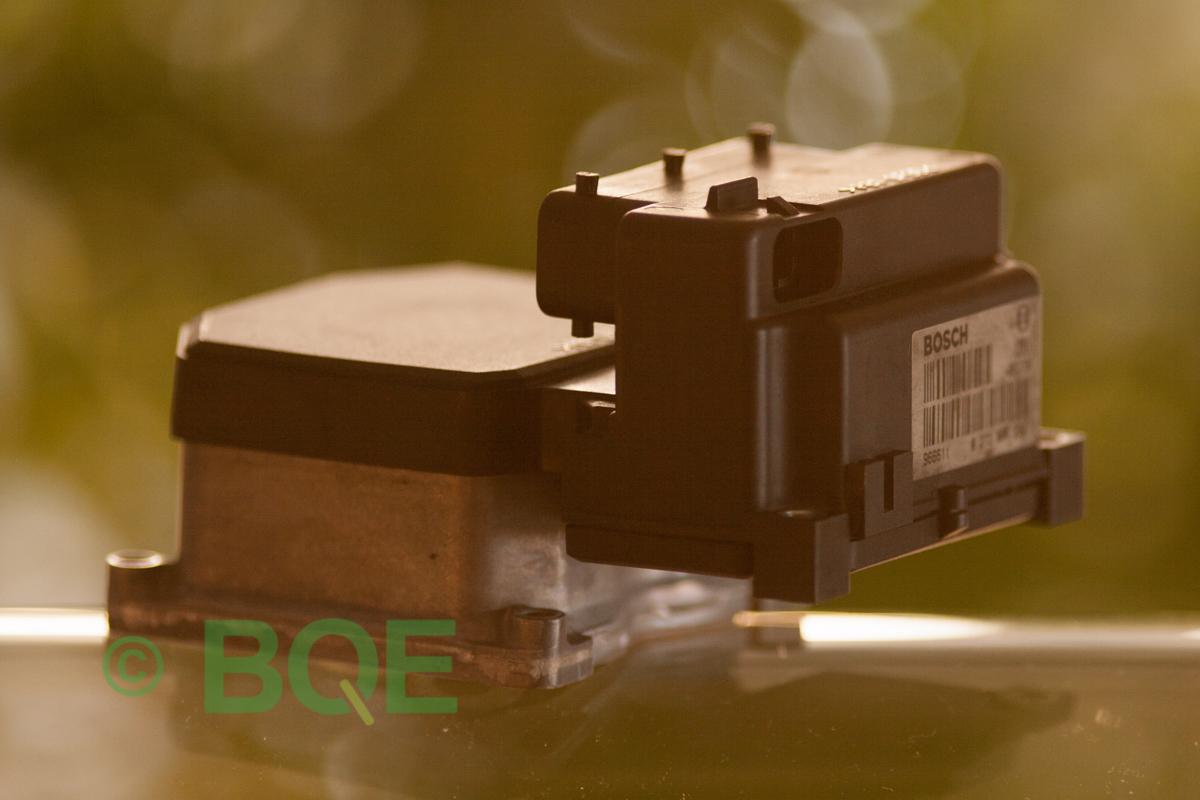Skoda ABS Bosch 5.3, ESP, TCS, Styrbox för Superb, artikelnummer: 0273004283, 0265220405, 8E0614111B, 8E0998375A,Sidobild två