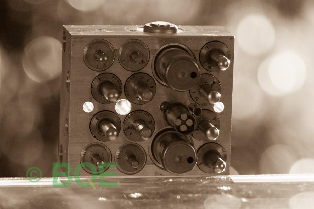 Citroen ABS/ESP ATE Mk60, Artnr: 10096011753, 10020602574, 9662150580, Felkod: C1302 - Bromstryckgivare, C1301 - Bromsljuskontakt, Hydraulblock, Vy: sensorsida