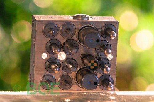 Mazda ABS/DSC ATE Mk60, Artnr: 10096001193, 10020602164, 3M51-2C405-HB, Felkod: C1288, C0044, Bromstryckgivare, Hydraulblock, Vy: sensorsida
