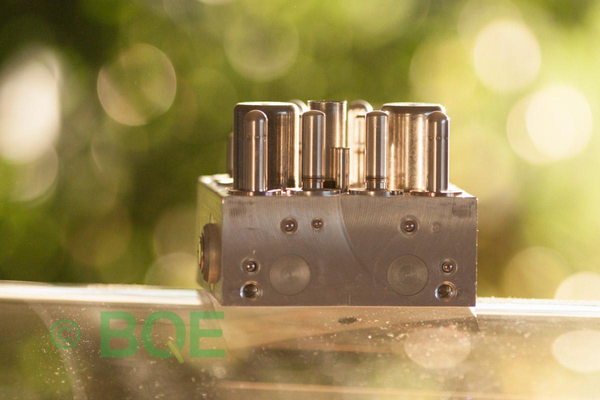 Toyota ABS/VSC ATE Mk60, Artnr: 06210956173, 06210212054, 89541-0D050, Felkod: C1246 - Huvudbromscylinder - Bromstryckgivare Felaktig, Hydraulaggregat Vy: fäste